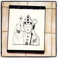 Photo taken at Vinnie's Pizzeria by maggie b. on 6/5/2012