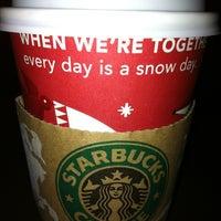 Photo taken at Starbucks by Winnie on 11/5/2011