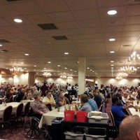 Photo taken at Shady Maple Smorgasbord by Dan S. on 9/24/2011
