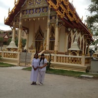 Photo taken at วัดศรีทวี by Warisara D. on 7/12/2012