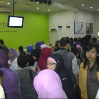 Photo taken at Oriflame Bandung Office by Kristina S. on 5/2/2012