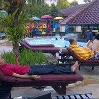 Photo taken at Swimming Pool Kristal Hotel by regina ayu s. on 7/1/2012