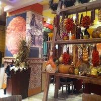 Photo taken at Pizza Ciro by fernando n. on 3/1/2011