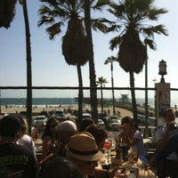 Photo taken at Venice Whaler Bar & Grill by Darek B. on 6/10/2012