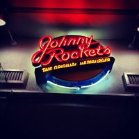 Photo taken at Johnny Rockets by Rominitap M. on 4/15/2012
