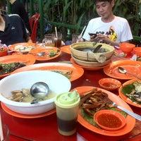 Photo taken at Siu Siu Restaurant (小小飯店) by Sara P. on 5/6/2012