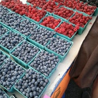 Photo taken at Hollywood Farmer's Market by Kushal D. on 8/20/2011