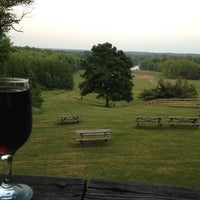 Photo taken at Winery at Wolf Creek by Mike P. on 5/24/2012