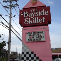 Photo taken at Bayside Skillet by Leslie W. on 5/28/2012