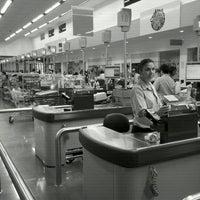Photo taken at Supermercado Angeloni by Jc M. on 3/9/2012