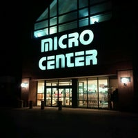 Photo taken at Micro Center by hm h. on 10/23/2011