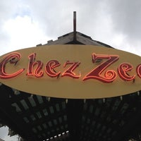 Photo taken at Chez Zee by Xuan C. on 5/9/2012
