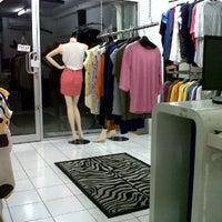 Daunhitam Shop