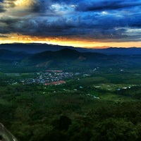 Photo taken at Broga Hill (Bukit Broga) by ËℓϑᎥĘŠ on 2/18/2012