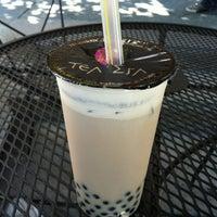 Photo taken at Tea Era 茶殿 by Chongho L. on 7/19/2012