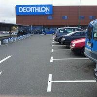 Photo taken at Decathlon by Ricardo G. on 4/16/2012