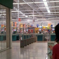 Photo taken at Carrefour by Gustavo V. on 3/31/2012