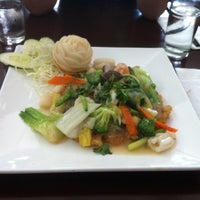 Photo taken at Le Viet by Nathalia R. on 8/5/2011