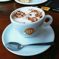 Photo taken at Café do Mercado by Fernando C. on 5/28/2012