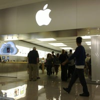 Photo taken at Apple Cherry Hill by J L. on 10/14/2011