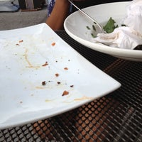Photo taken at Uno Pizzeria & Grill - Forest Hills by Jess on 7/3/2012