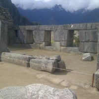 Photo taken at Templo de las Tres Ventanas by yulaicesar on 9/11/2011