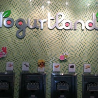 Photo taken at Yogurtland by Ishik K. on 8/16/2011