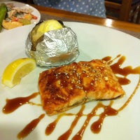 Photo taken at Sizzler by Jessica 제. on 4/10/2011