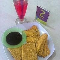 Photo taken at Pisang Goreng Aceh by Mann O. on 7/21/2011