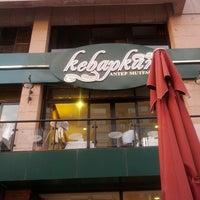 Photo taken at Kebapkâr Antep Mutfağı by Fatih E. on 8/2/2012