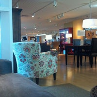 Photo taken at Crate & Barrel by Ryan H. on 9/4/2011