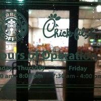 Photo taken at Starbucks by Benjamin J. on 4/13/2011