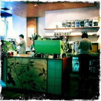 Photo taken at The League of Honest Coffee by paddy M. on 7/29/2011