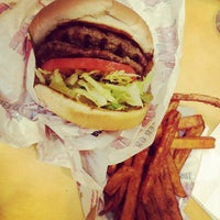 Photo taken at The Habit Burger Grill by Anthony V. on 7/23/2012