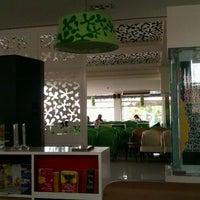 Photo taken at Book cafe Phương Nam by Mokuin T. on 5/4/2012