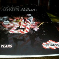 Photo taken at T.G.I. Friday's by Joel O. on 11/12/2011