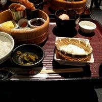 Photo taken at 赤坂うまや 博多店 by yuuto on 9/15/2011