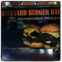 Photo taken at Backyard Grill Burger by pijot on 5/30/2012