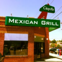 Photo taken at Chipotle Mexican Grill by Rusty P. on 5/29/2012