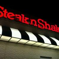 Photo taken at Steak 'n Shake by Patrick J. on 12/3/2011