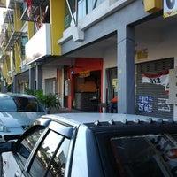 Photo taken at restoran acchies by praba _. on 5/3/2012