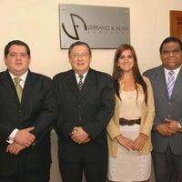 Photo taken at Serrano & Alvia, Consultores Juridicos by Wester A. on 6/6/2012