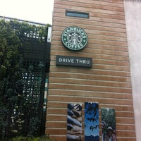 Photo taken at Starbucks Coffee by Teoh L. on 5/16/2012