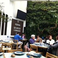 Photo taken at Azul Condesa by Roberto B. on 2/10/2012