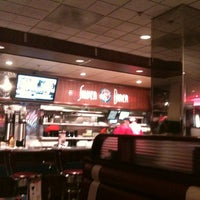 Photo taken at Silver Diner by Carlos C. on 3/26/2012