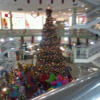 Photo taken at North Shopping Fortaleza by Artur R. on 11/23/2011