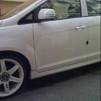 Photo taken at CarWash Belakang Lorong Caltex by Pure H. on 10/30/2011