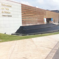 Photo taken at Universidad del Valle de México (UVM Campus Zapopan) by Alberto R. on 8/6/2011