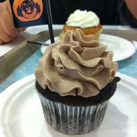 Photo taken at O-cake by Joha M. on 10/29/2011