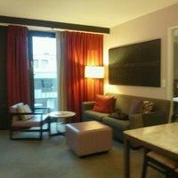 Photo taken at Adina Apartment Hotel Frankfurt Neue Oper by Masami S. on 5/19/2012